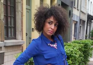 liz blusa azul